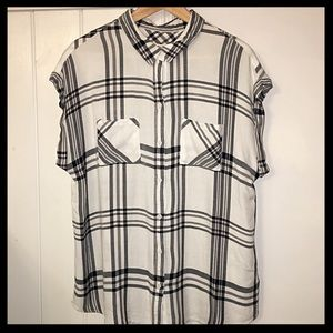 Plaid Courier-Style Short Sleeve Shirt