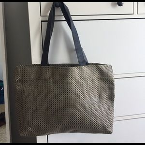d10e526de2df chilewich Bags - Chilewich woven tote bag with leather strap