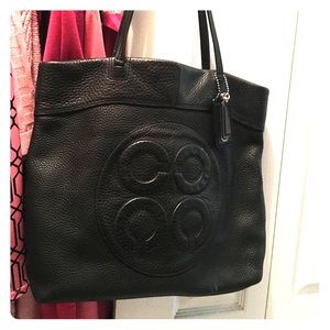 ‼️ NEW PRICE ‼️Black Leather coach tote