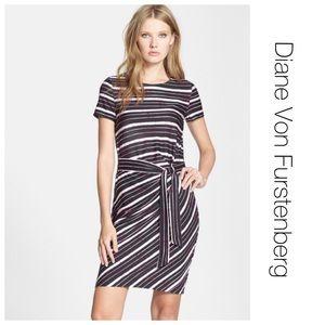 Diane von Furstenberg Dresses & Skirts - Diane Von Furstenberg Silk Brie Cap Sleeve Dress 6
