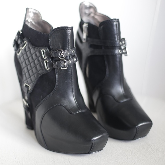7434071d3b8703 BNIB Sam Edelman Zoe Boots Black Nappa Suede. M 590e2f9ffbf6f96b94014393
