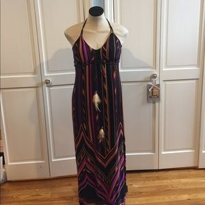 St. Tropez Dresses & Skirts - Tribal feather maxi dress