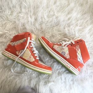 Coach Shoes - COACH Limited Edition Poppy Leather Sneakers 6.5