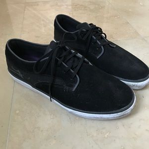 Other - Black sneaks