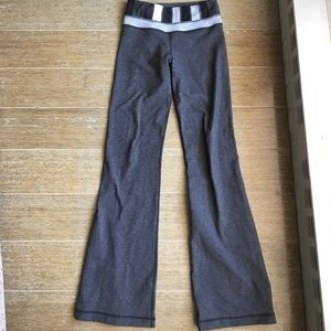 lululemon athletica Pants - Lululemon yoga pants Heathered gray sz 2