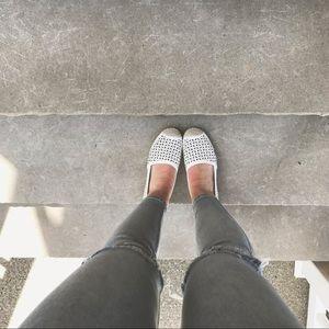Boutique Shoes - Laser Cut Espadrille Ballet Flat
