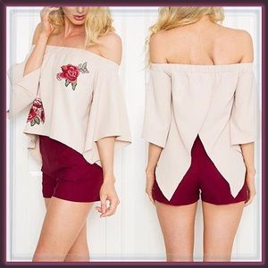 Tops - 🆕 Flowers in The Attic Off The Shoulder Top