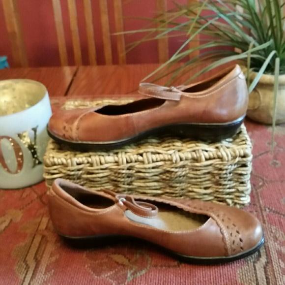 Michel M Womens Shoes