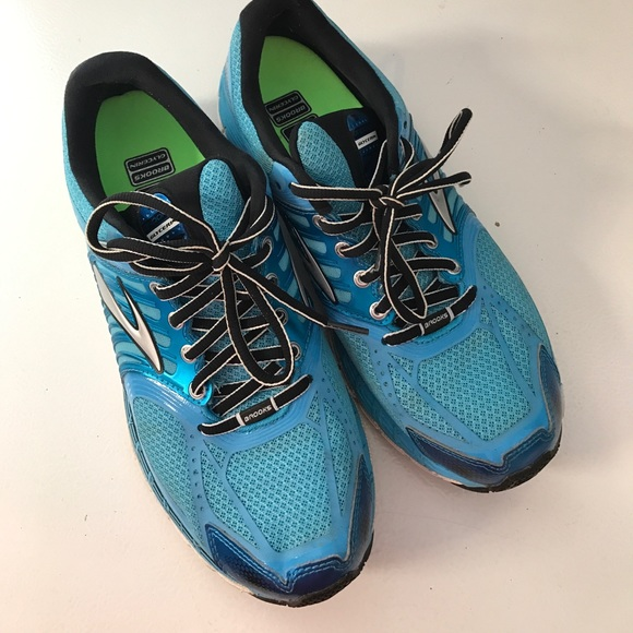 Teal Brooks Running Shoes