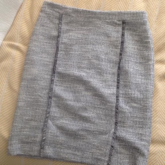 Banana Republic Dresses & Skirts - NEW Banana Republic grey pencil skirt 8 tall