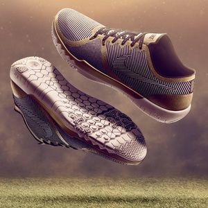 Nike Other - NWT Nike free super bowl limited
