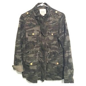 B-Long Boutique Jackets & Blazers - Camo jacket