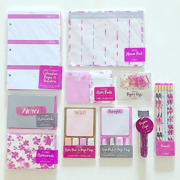 🚨24HR SALE Target Pink Stationary Set From T I F
