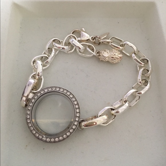 origami owl how to open locket
