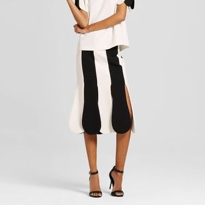 🎉500k SALE🎉NWT Victoria Beckham Target Skirt