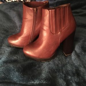 Selling these cute booties ☺