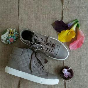 Steve Madden Shoes - NWOB Steve Madden Grey Decaf Hightop Sneakers
