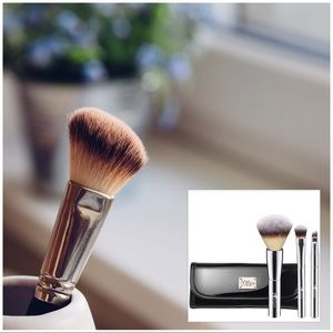 IT Cosmetics Other - IT Brushes for Ulta Beautiful Basics Travel Set