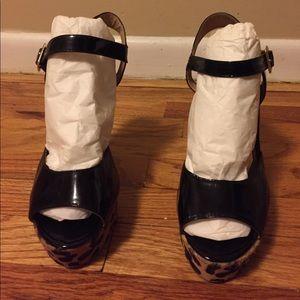 Steve Madden Shoes - Steve Madden Platform Sandal Heels