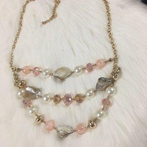 Jewelry - Beautiful statement necklace