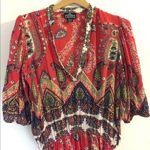 Paisley print flowy shirt. Sz M