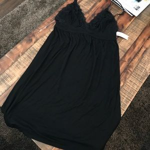 ambrielle Other - Ambrielle black night gown dress NWT lace medium