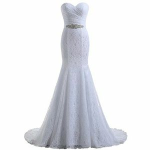 Dresses & Skirts - Lace Sweetheart Mermaid Bridal Gown