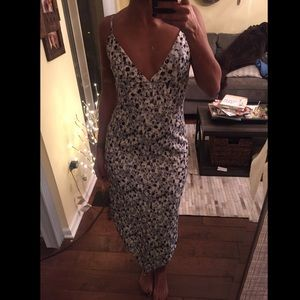 Whitney Eve Dresses & Skirts - Whitney Eve floral dress