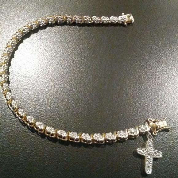 Dangling Cross Bracelet