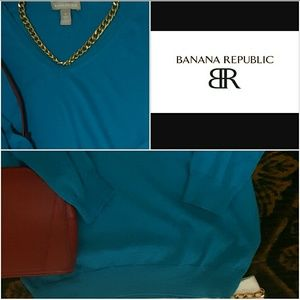 Gorgeous Bananna Republic Silk Vneck Sweater