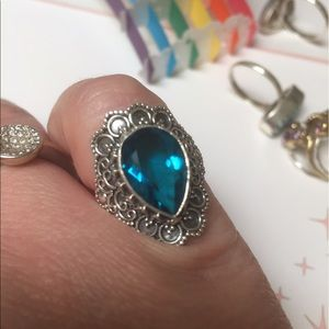 Blue topaz ring detailed ornate design size   6.25