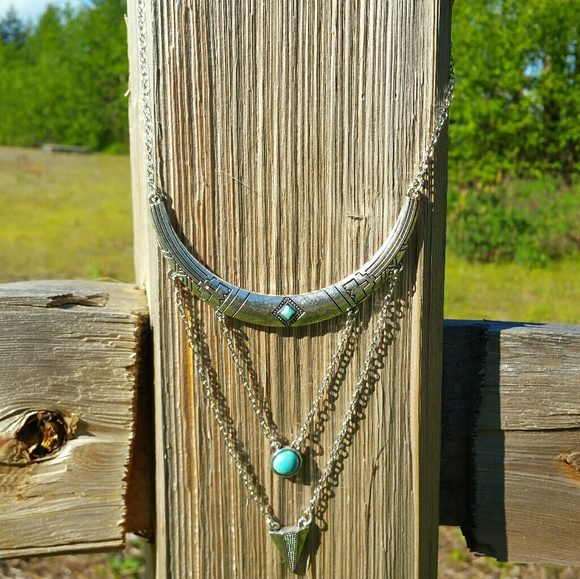 Jewelry - Boho Vibe Necklace