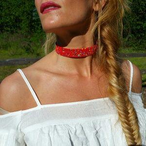 Jewelry - Red beaded choker