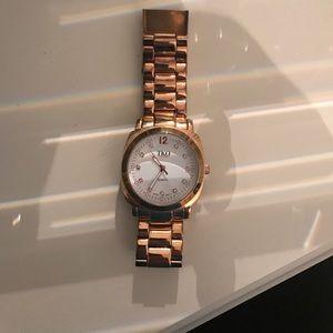 TKO Accessories - rose gold watch