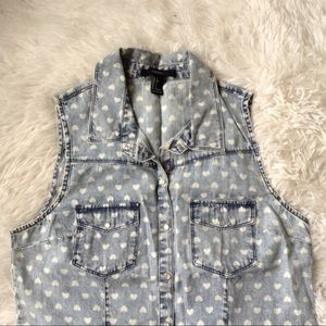 FOREVER 21 blue denim acid wash heart print top