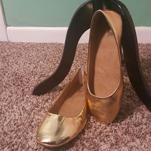 Kali Shoes - New Gold Metallic Ballet Flats Plus Size 9.5 or 9