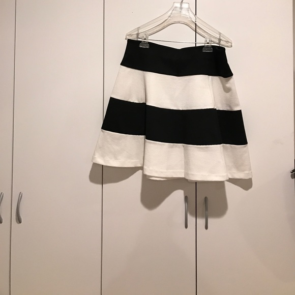 80 dresses skirts black and white stripe a line