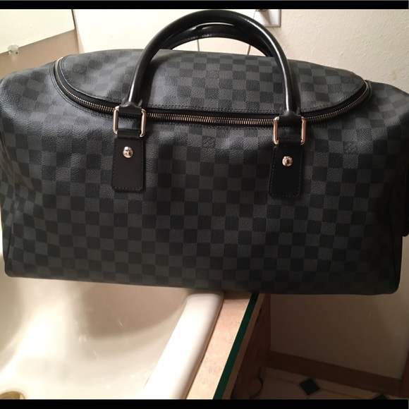 74c2f2ba8b48 Louis Vuitton Handbags - Louis Vuitton Roadster Damier Graphite Travel Bag