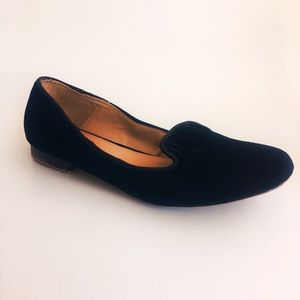 Zara Shoes - Zara velvet loafers