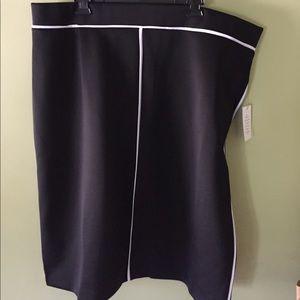 Eloquii Dresses & Skirts - Eloquii Scuba skirt
