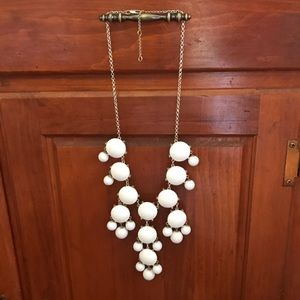 Francesca's Collections Jewelry - White & silver bauble/bubble statement necklace
