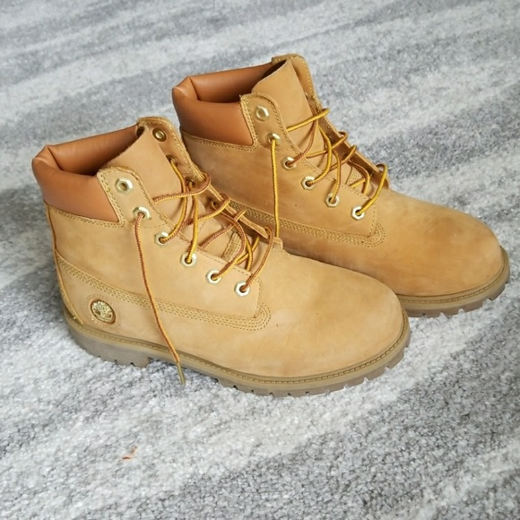 LOWEST PRICE! Women s Timberland boots. M 590f2a3cbcd4a7a33c003e6c 44676b3420