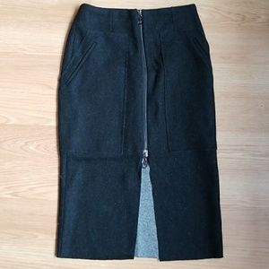 Dresses & Skirts - Never worn - Wool zip front midi skirt