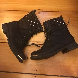 Wild Diva Shoes - Studded boots