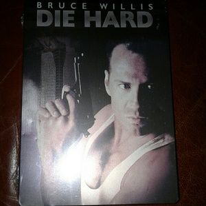 DIE HARD DVD 2 DISC TIN BOX COLLECTIBLE