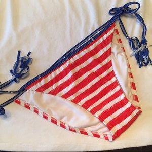 New string Bikini bottoms L