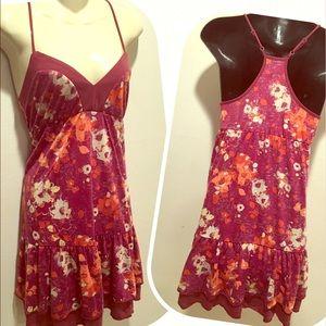 fang Dresses & Skirts - FANG burgundy spring floral v neck dress GUC