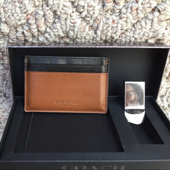 67a7763d Coach card holder and money clip boxed set
