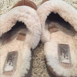 UGG Shoes - UGG Australia Slippers