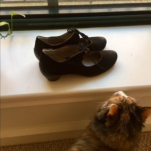 Abeo Shoes - Kitty ❤️s these pumps!!